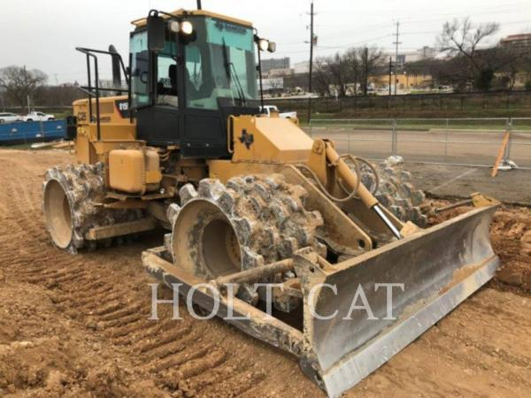 Detail photo of 2015 Caterpillar 815F II from Construction Equipment Guide