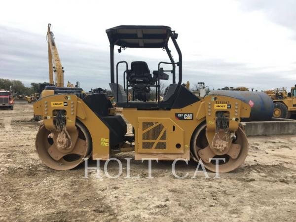 Detail photo of 2017 Caterpillar CB7 from Construction Equipment Guide