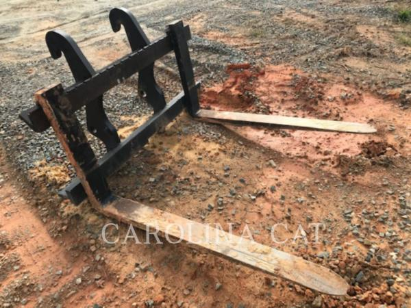 Detail photo of  Caterpillar 54 IN. FORKS from Construction Equipment Guide