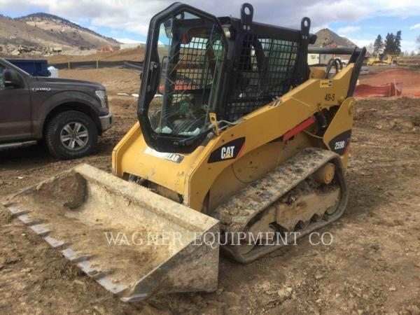 Detail photo of 2012 Caterpillar 259B3 from Construction Equipment Guide