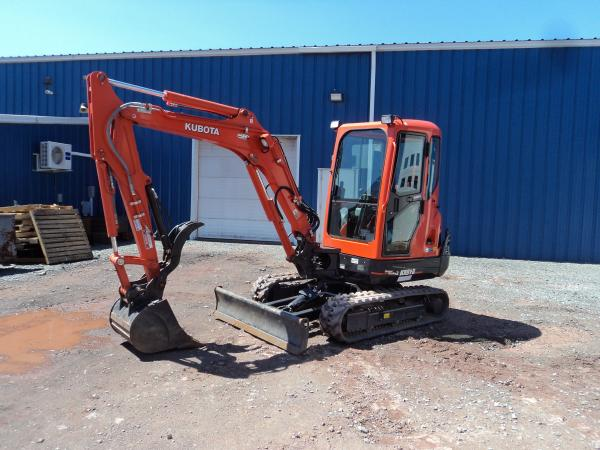 Detail photo of 2018 Kubota KX91R2S2 from Construction Equipment Guide