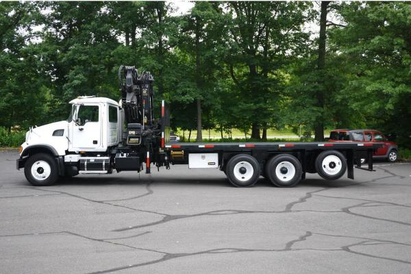 Detail photo of 2006 Hiab XS322E-4 from Construction Equipment Guide