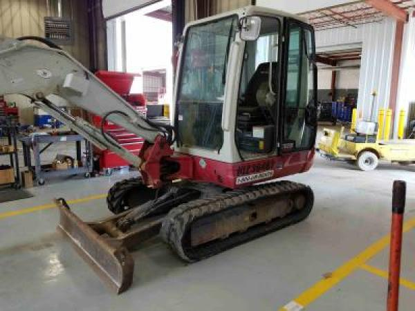 Detail photo of 2014 Takeuchi TB235 from Construction Equipment Guide