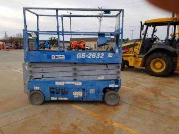 Detail photo of 2013 Genie GS-2632 from Construction Equipment Guide