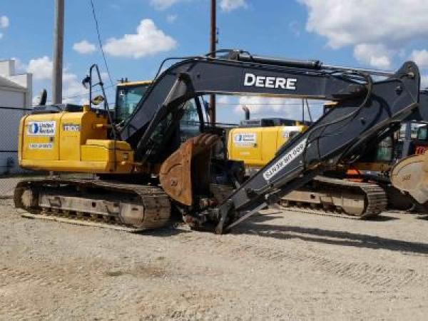 Detail photo of 2013 John Deere 130G from Construction Equipment Guide
