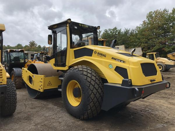 Detail photo of 2017 Bomag BW 213 D-5 from Construction Equipment Guide