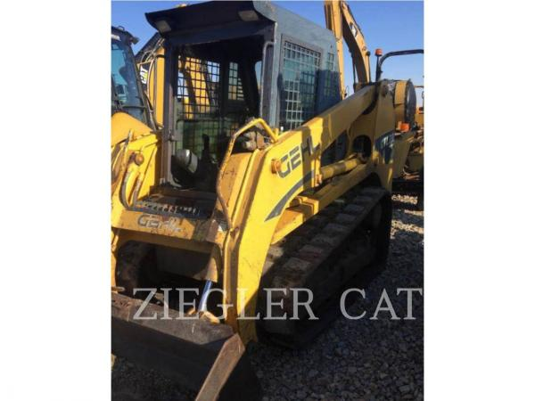 Detail photo of 2006 Gehl CTL70 from Construction Equipment Guide