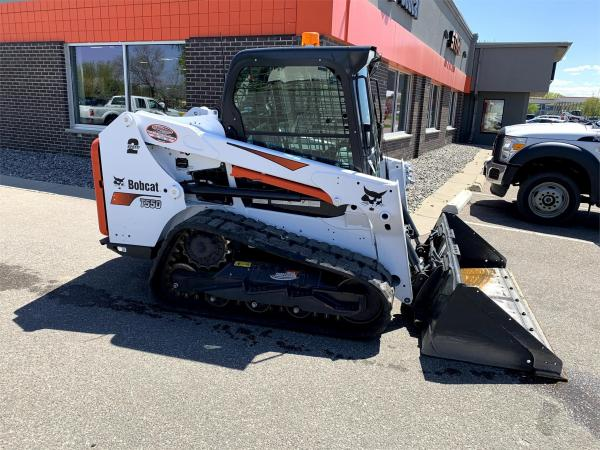 Detail photo of 2020 Bobcat T550 from Construction Equipment Guide