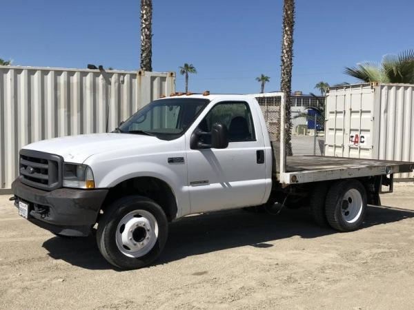 Detail photo of 2002 Ford F-550 from Construction Equipment Guide