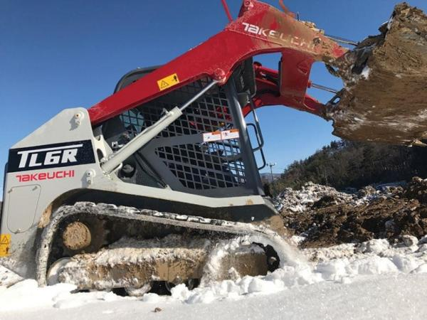 Detail photo of 2018 Takeuchi TL6R from Construction Equipment Guide