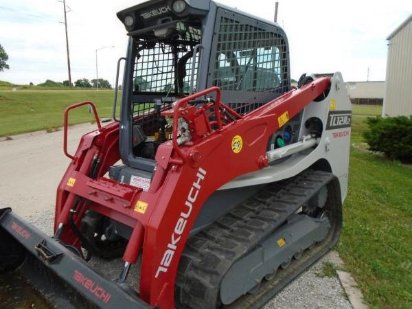 Detail photo of 2019 Takeuchi TL12R2 from Construction Equipment Guide