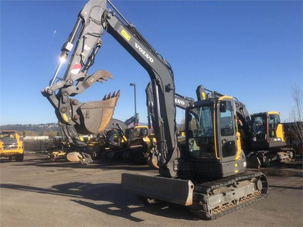 Detail photo of 2016 Volvo ECR88D from Construction Equipment Guide