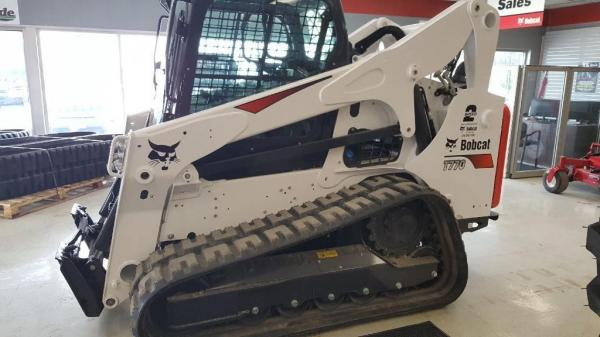 Detail photo of 2019 Bobcat T770 from Construction Equipment Guide