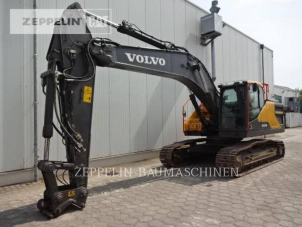 Detail photo of 2017 Volvo EC250E from Construction Equipment Guide