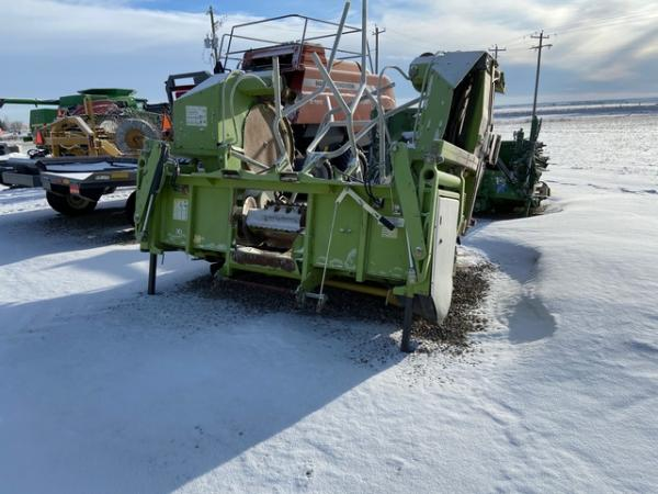 Detail photo of 2002 Claas RU600 from Construction Equipment Guide