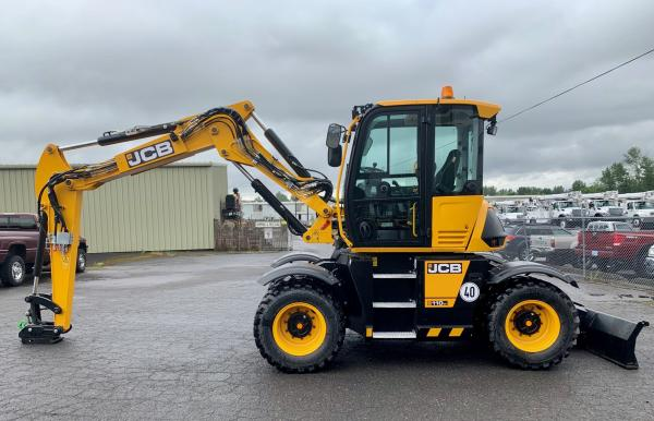 Detail photo of 2019 JCB HYDRADIG 110W from Construction Equipment Guide