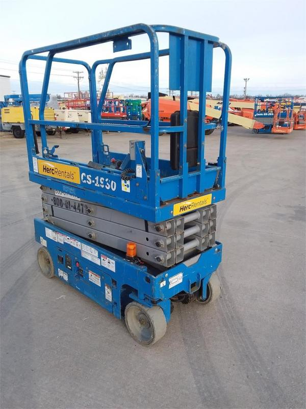 Detail photo of 2014 Genie GS1930 from Construction Equipment Guide